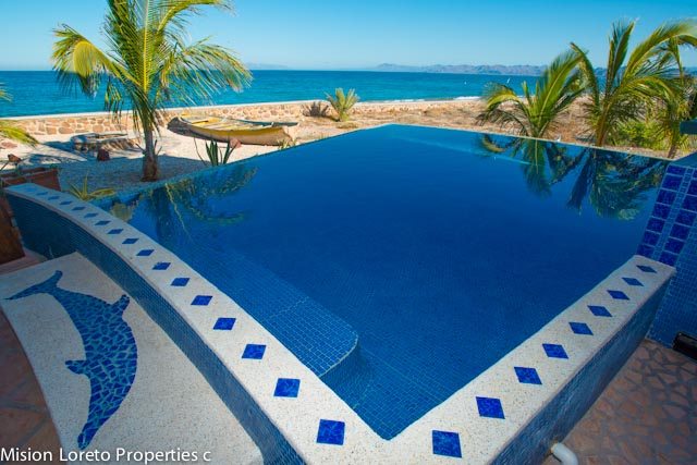 Spectacular Beachfront Villa in Punta Chivato~4 bedrooms, 3.5 baths + pool
