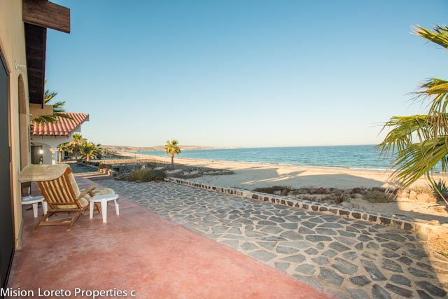 New one bed/one bath beachfront home + two story Garage with guest room and bath in Punta Chivato