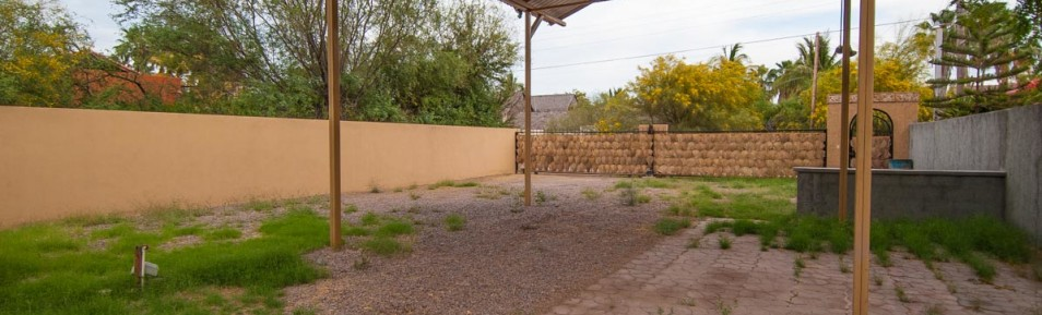 The perfect location in Loreto! A great property to put an RV/Trailer or build a home